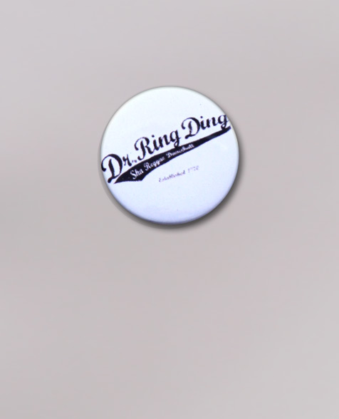 Dr. Ring Ding Baseball Button weiß