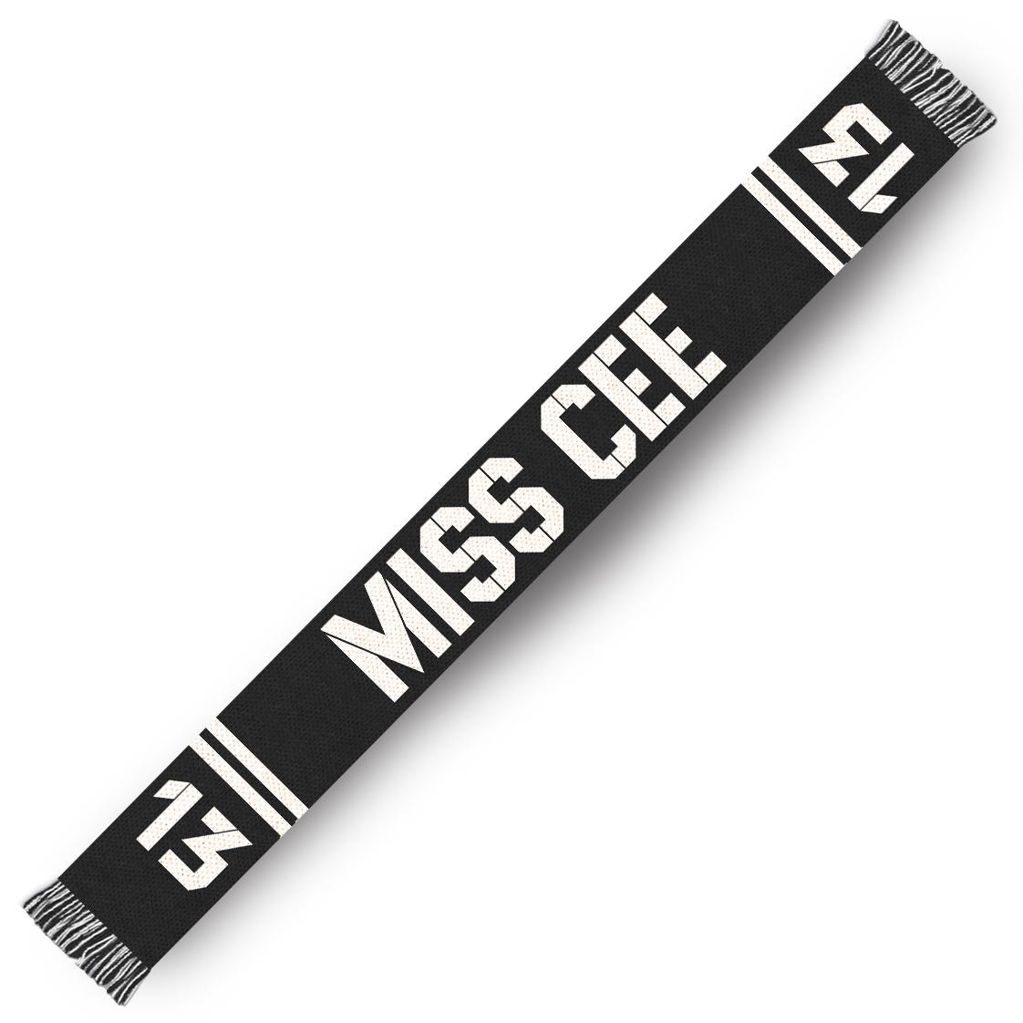 Sarah Connor Miss Cee Fanschal Others schwarz-weiß